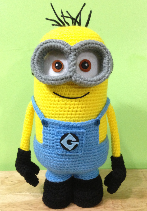 My 2-Eyed Minion Step by Step Tutorial - Safety Eyes and ...